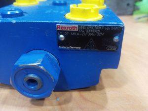Hydraulic valve lt